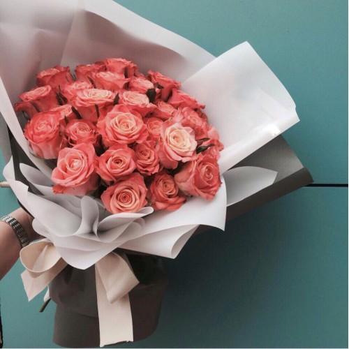 Купить на заказ Букет из 31 розовой розы с доставкой в Аксае