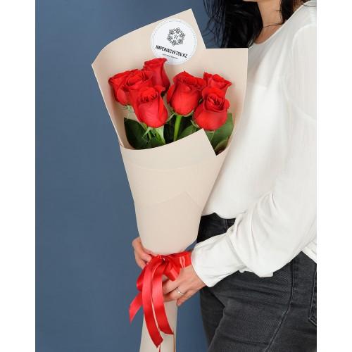 Купить на заказ Букет из 7 роз с доставкой в Аксае