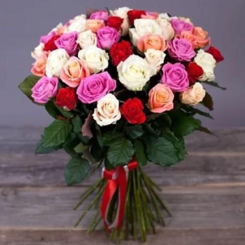Купить на заказ Букет из 31 розы (микс) с доставкой в Аксае