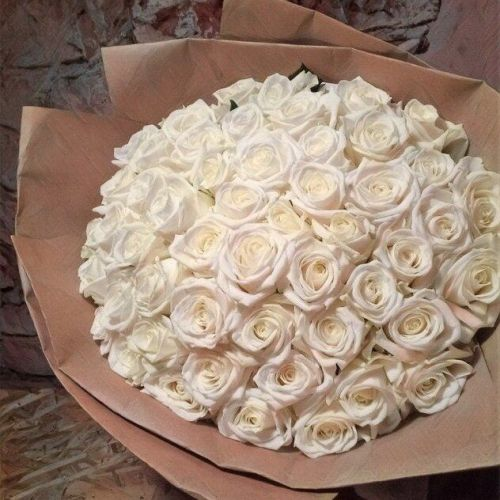 Купить на заказ Букет из 101 белой розы с доставкой в Аксае